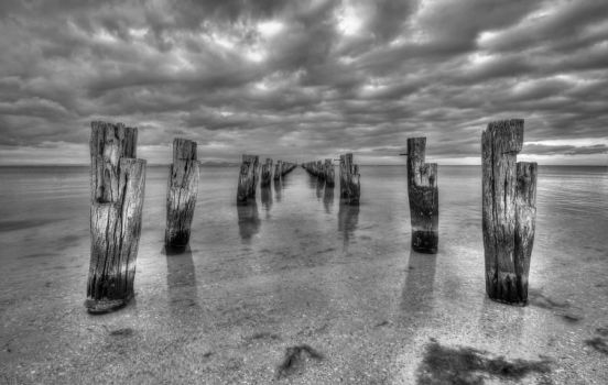 Clifton Springs BW by daniellepowell82
