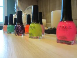 Polishes by MyThoughtsAreDeep