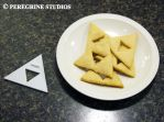 TriForce Cookie Cutter (with Cookies!) by PeregrineStudios