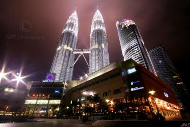 KL by night by ahmedwkhan