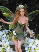 Spring Fairy by moonglue