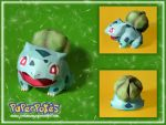 .Bulbasaur Papercraft. by Lyrin-83