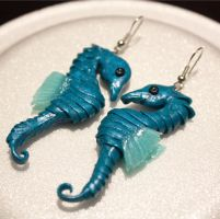 .: Seahorse Earrings :. by tanya1