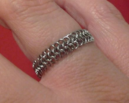 Micromaille ring by wirewear