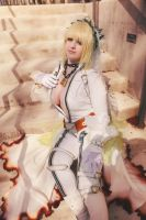 Unchained Bridal Saber - Katsucon 4 by IchigeiCosplay