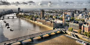 London V by wolfish-fang