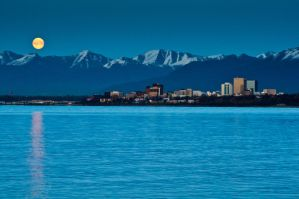 An Anchorage Moonrise by mikewheels