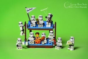 Lego Stormtroopers - Game of Thrones Premiere by Jbressi