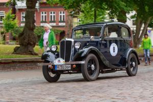 Morris M 8 by OliverBPhotography
