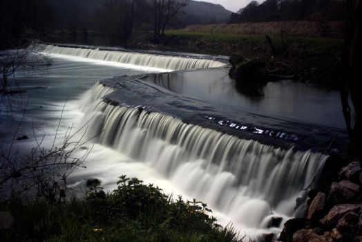 Claverton Weir by clan-badger