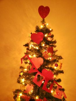 Valentines Day Tree by moldypotatoes