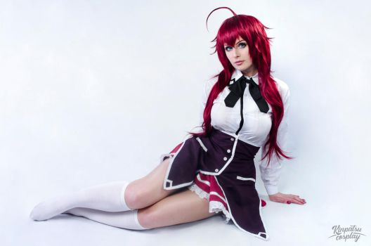 Rias Gremory - Highschool DxD by Kinpatsu-Cosplay
