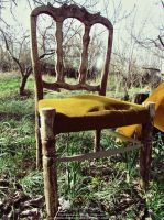 Old chair by PornuriMajid