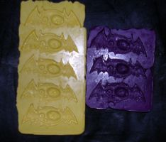 Candy bat molds by askoi