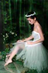 forest fairy by angelcurioso