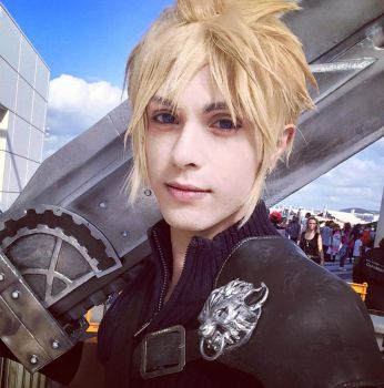 Cloud Cosplay FF7 Advent Children by hakucosplay
