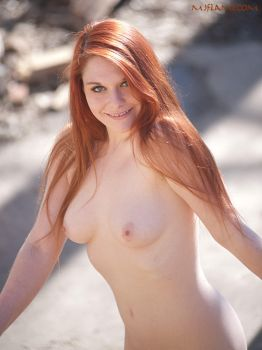 Naked jaunt outdoors 14 by MaryJaneFlame