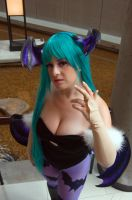 Morrigan's Stance by IchigeiCosplay