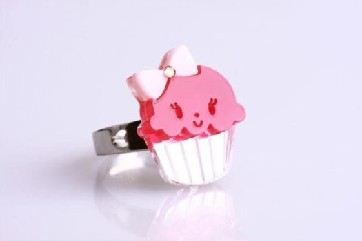 Miss Cupcake Crystal Ring S by SweetandCo