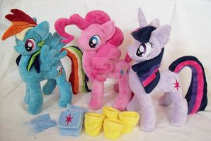 Dashie, Pinkie , Twilight Custom Plush Group photo by ponypassions