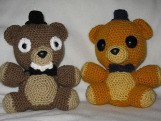 Freddy and Golden Freddy Plush Amigurumi by s0nicfreak