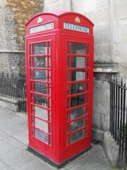 Red Telephone Box by VincentVermeulen