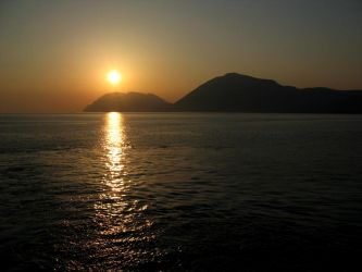 Sunset in Patras by ambaqua
