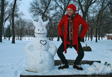Snowman and Red Coat Girl by ljubagangster