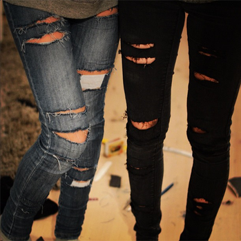 Ripped Jeans by SxyButBits