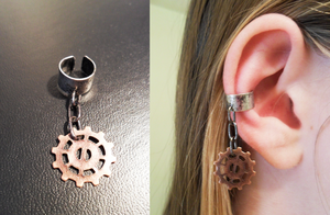Simple Gear EarCuff by Zinantis