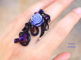 Black wire wrapped Goth adjustable style ring by IanirasArtifacts