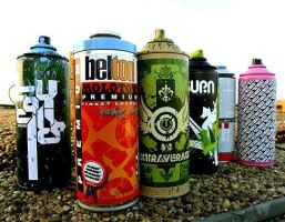 Graffiti Spray cans by Eponefive