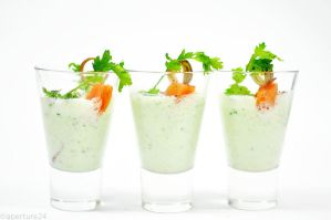 chilled cucumber yoghurt soup by aperture24