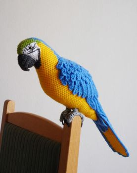 Blue-and-yellow macaw by LunasCrafts
