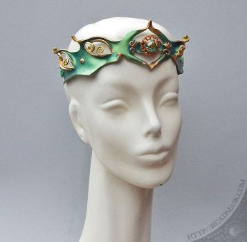 Shimmering Green Leather Circlet by Beadmask