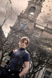 Leon Kennedy Cosplay - Resident Evil 4 by NipahCos