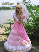 Princess Peach at Animagic2010 by Sorayachi