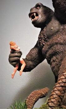 Kong Gets the Girl by Legrandzilla
