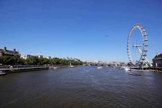 The Thames by xGuppy