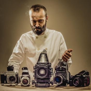 A Portraitist Without a Full Frame by marcinwuu