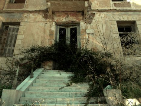 Abandoned House by StefMyk