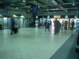 Luton Airport 06 - inside by Rykan