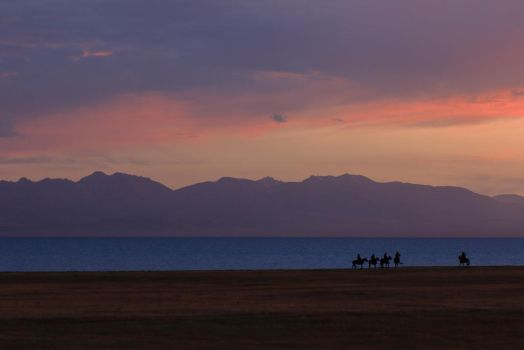 Song Kul lake, Kirghizstan by Vautch