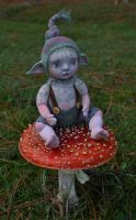Elfbaby on a toadstool by Artemisia52