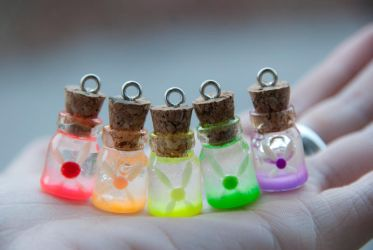 Colorful Fairy Bottles Inspired byLegend of Zelda by IvrinielsArtNCosplay