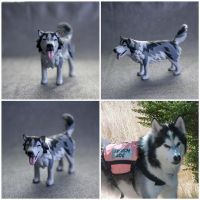 Kaze--Custom Painted Malamute Figurine by MiniMynagerie