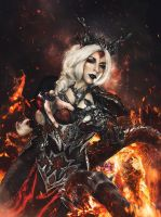 Dragon Sorceress Cosplay by Anhyra