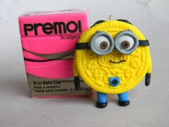Despicable Me Minion Oreo-Polymer Clay by ThePetiteShop
