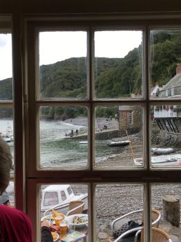 Clovelly Harbour by Tish-Underwood