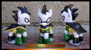 Custom Robin Pony...GO! by HeyLookASign